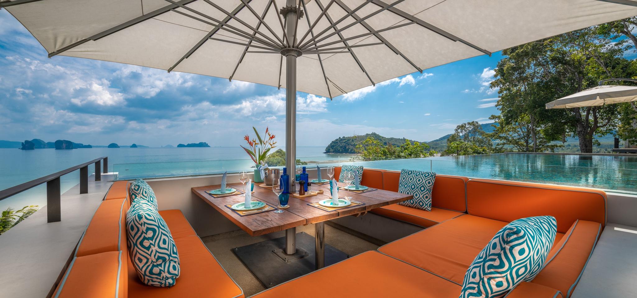 poolside lounge in luxury villas in thailand